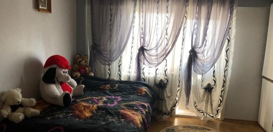 Apartament cu 3 Camere in Zona Zamca