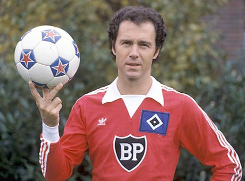 cristiano-ronaldo-574-franz-beckenbauer-photo-presentation-in-hamburger-sv-1980-1981
