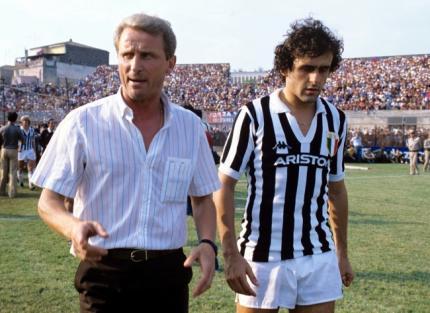 Trapattoni e Platini: estrelas da Juventus dos anos 80.