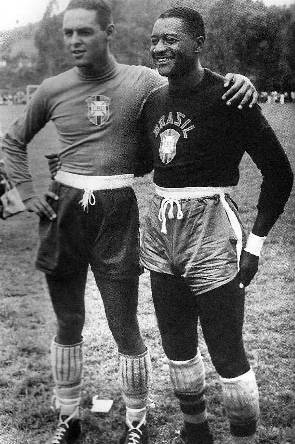 Gilmar e Barbosa: duas lendas do gol.