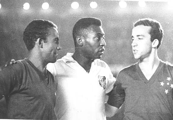 Jogos Eternos – Cruzeiro 6×2 Santos 1966