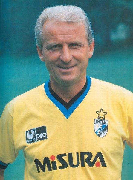 Giovanni Trapattoni, técnico da Internazionale na época.