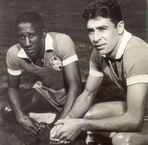 Djalma Santos e Mauro Ramos, capitão do bi.