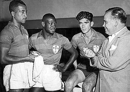 Nena, Brandãozinho, Renato e o técnico Lopes.