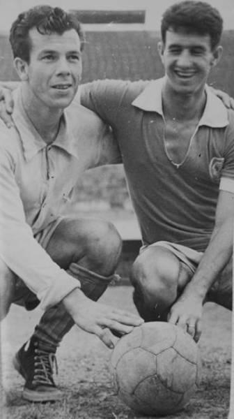Ênio Andrade (à esq.), nos tempos de jogador.