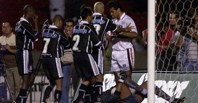 Jogos Eternos – São Paulo 2×3 Corinthians 1999