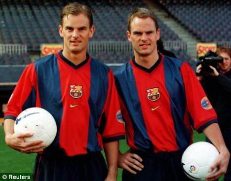 Os irmãos de Boer no Barça.