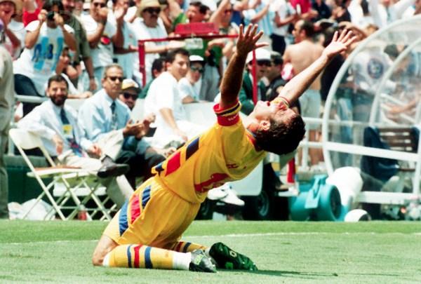 Soccer World Cup 1994: Romania vs Argentina - Gheorghe Hagi