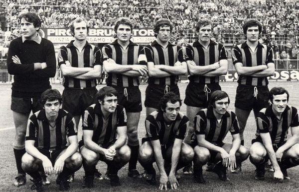 Na Atalanta de 1973-1974: Scirea é o último em pé.