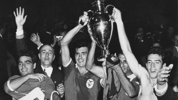 A festa após o inédito título europeu de 1961.