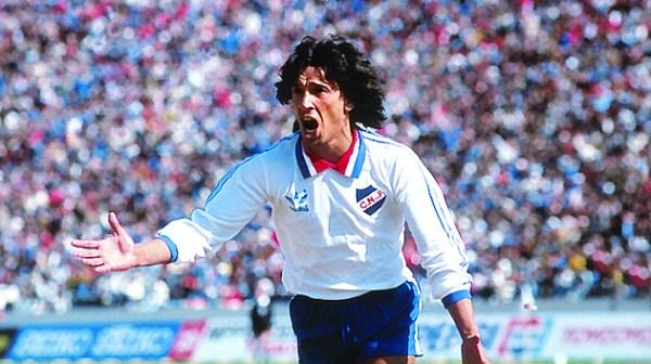 Victorino: herói na Liberta, atacante brilhou novamente na final do Mundial.