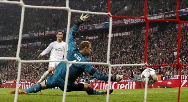 Contra o clube mais temido do mundo, o Real mostrou força e atropelou o Bayern em plena cidade de Munique: 4 a 0.