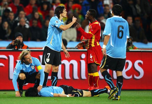 Diego+Forlan+Jorge+Fucile+Uruguay+v+Ghana+Hrf-hThHW1Ml
