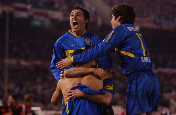Festejando-final-Libertadores-eliminar-River_OLEIMA20130701_0082_14