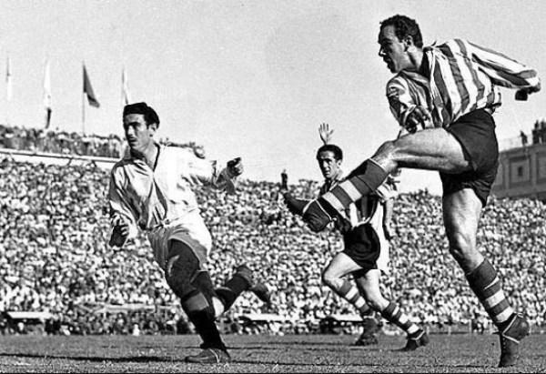 Contra o Valladolid, em 1950: quatro gols em uma só final de Copa do Rei.