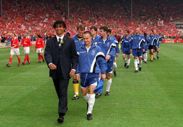 Football. 1997 FA Cup Final. Wembley. 17th May, 1997. Chelsea 2 v Middlesbrough 0. Chelsea's manager Ruud Gullitt and captain Dennis Wise leading out the Chelsea team before the match.