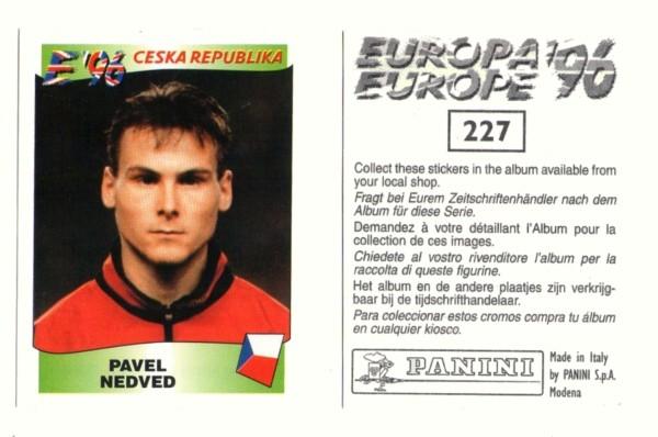 ... E figurinha no álbum da Eurocopa do mesmo ano.