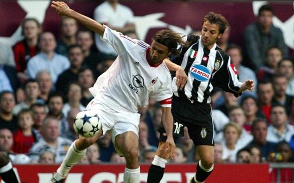 Maldini e Del Piero, no primeiro duelo de italianos em uma final de Liga dos Campeões.