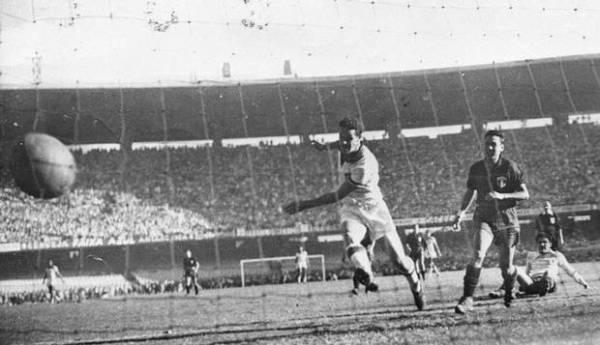 Ademir estufa a rede mexicana: Maracanã viu grandes jogos do craque naquele Mundial.