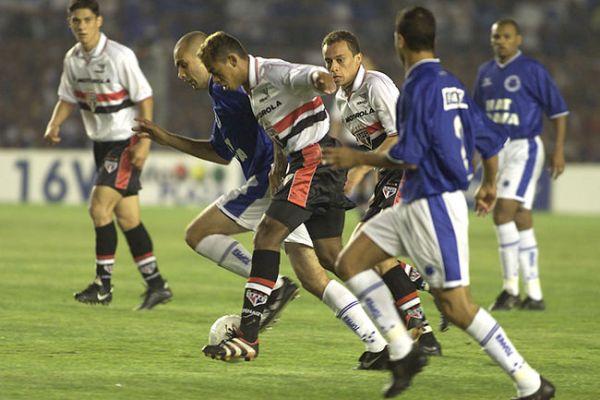 Cruzeiro-Credito-Daniel-Augusto-JR_LANIMA20101122_0028_26