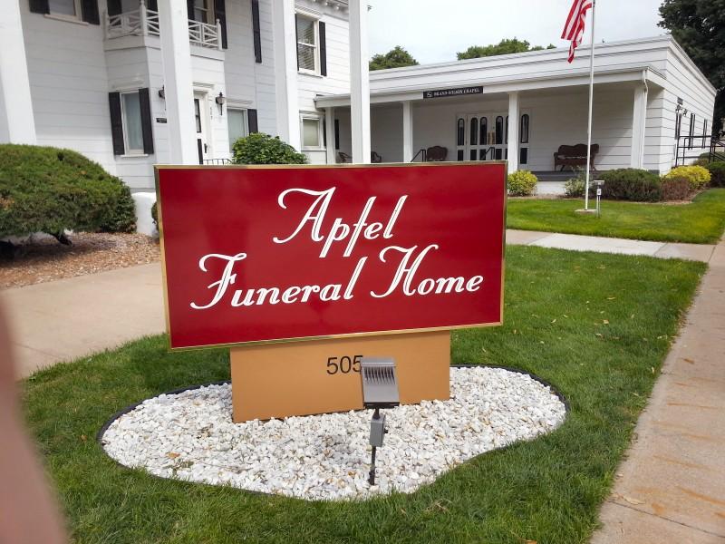 Apfel Funeral Home Hastings Nebraska