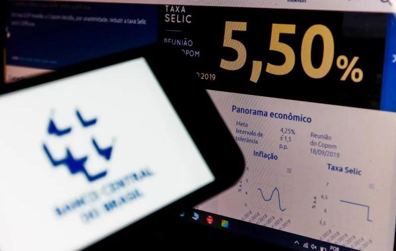 Banco Central reduz Selic em 0,50 p.p., para 5,5%, menor valor na história