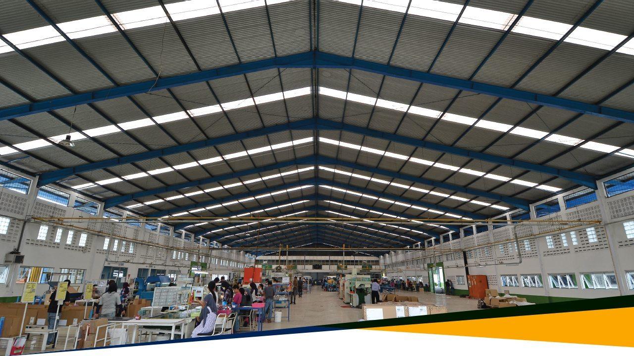 Alsynite Ultra Cool - Atap Fiber Ekonomis Tembus Cahaya - Atap Pabrik