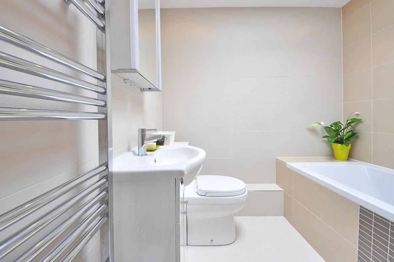 Minimalismus im Badezimmer   wie geht das   impact earthlings