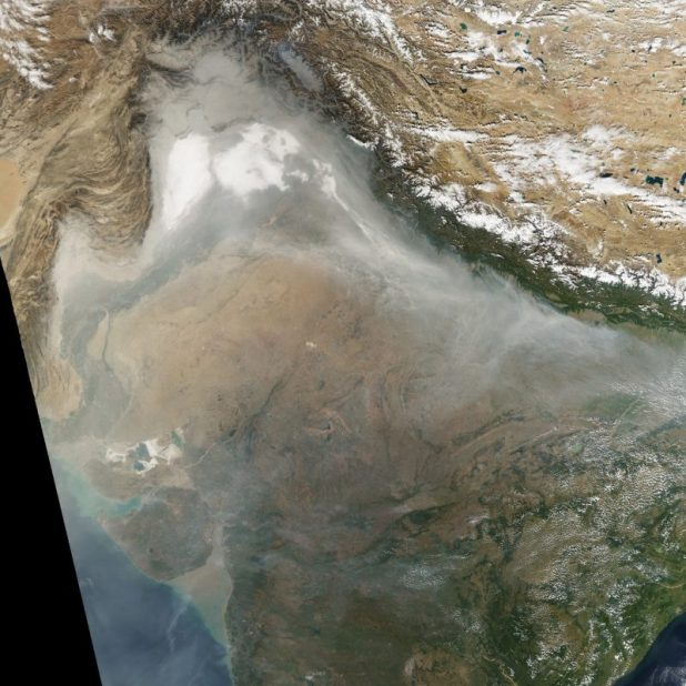 An image of northern India captured on November 8 by the Terra satellite, which circles the earth in a sun-synchronous polar orbit [image by: by NASA]