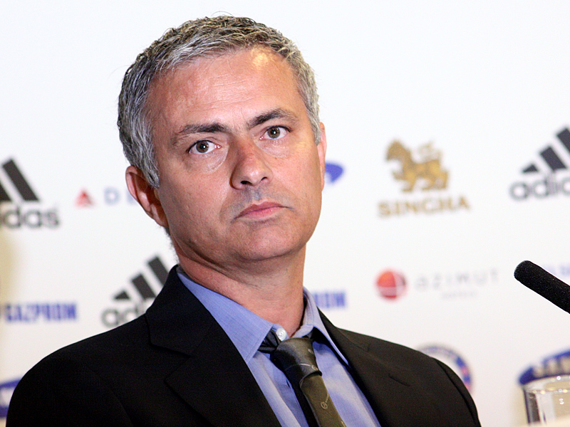 Was Mourinho at fault for Chelsea's poor form?