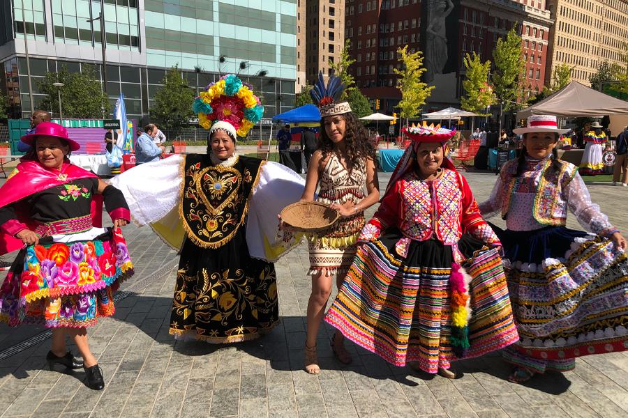 Primera Feria Latinoamericana 13