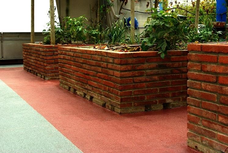 impermeabilización líquida poliuretano pavimento decorativo exterior Mollet Valles barcelona