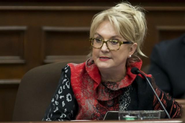 La conseillère Diane Délisle estime que les Sherbrookois s'habitueront à l'utilisation de l'expression Sherbylove et croit même que le mot pourrait devenir une marque de commerce de la ville. ARCHIVES, LA TRIBUNE