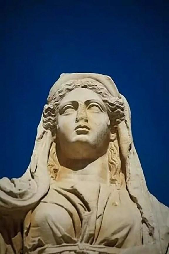 Estatua de la diosa Ceres de Mérida.