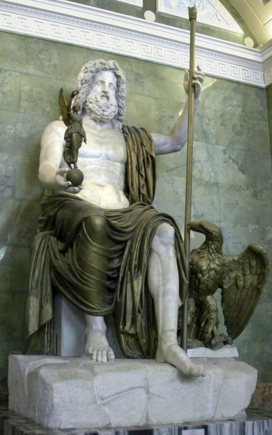 Zeus sosteniendo a Nike.