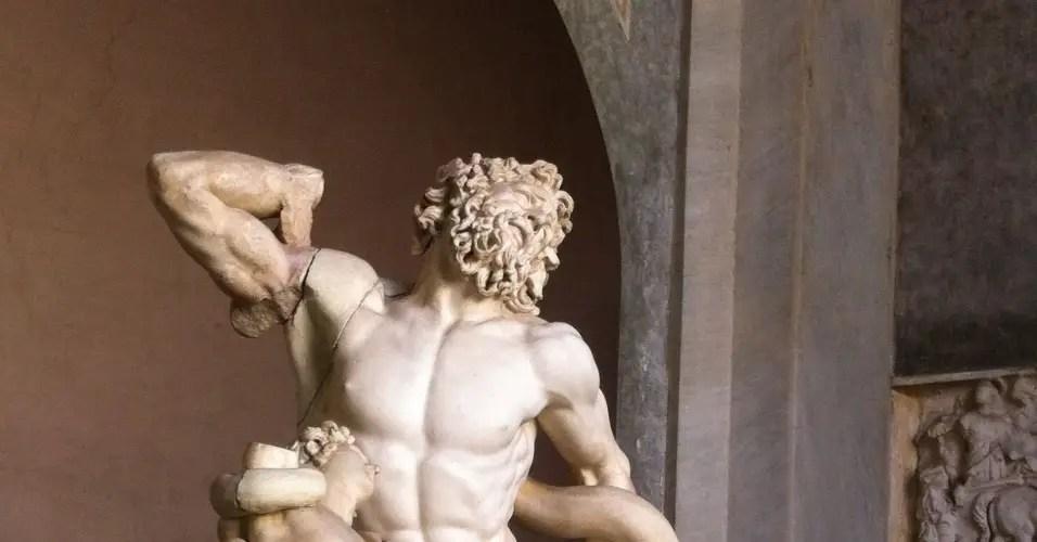 Escultura de Hades.