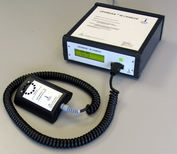 Charger for Impulse Dynamics' OPTIMIZER III IPG