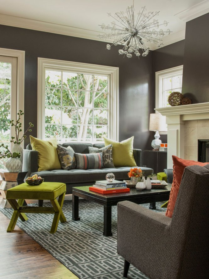 Living Room Decorating With Green Colors Light Wall Paint And Decorative Pillows