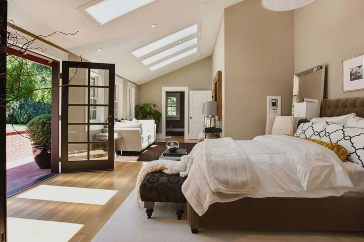 Serenity In Your Master Bedroom Layout12