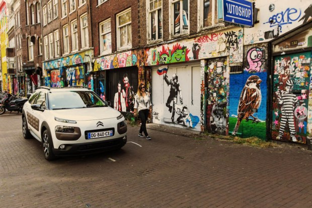 brand new citroen c4 cactus _ test drive _ photo in amsterdam
