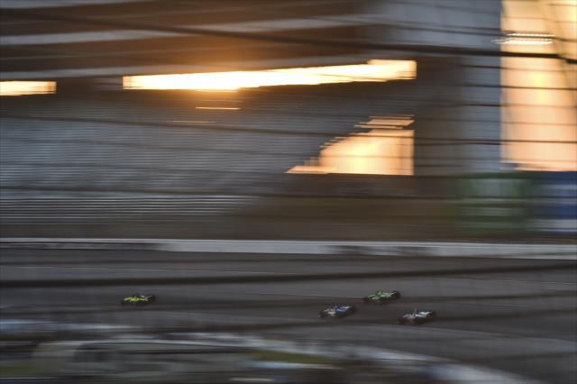 Aunque Tony Kanaan auguró una carrera sin rebases, el monitoreo de pista registró 688 rebases en pista durante los 600 kilómetros de recorrido (FOTO: Chris Owens/IMS, LLC Photo)