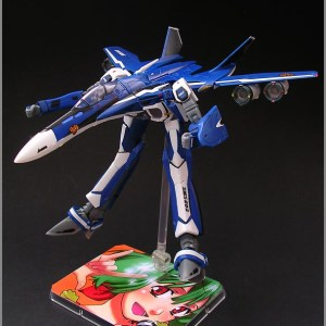 Macross Frontier 1/100 VF-25G Messiah Michael Custom Bandai
