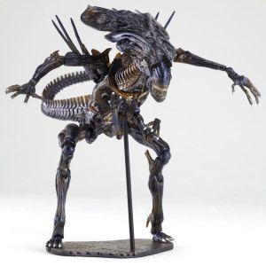 Alien Queen Revoltech Action Figure Kaiyodo