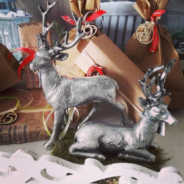 Weihnachtsdeko Hirsch stehend silber