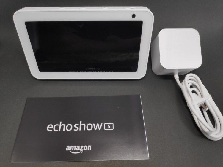 Amazon Echo Show 5 パッケージ内容
