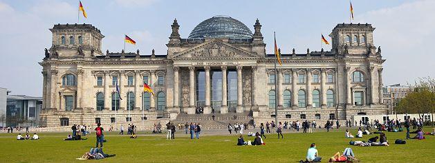 https://i2.wp.com/www.in-berlin-brandenburg.com/Sehenswuerdigkeiten/Reichstag/Bilder/Reichstag-g.jpg