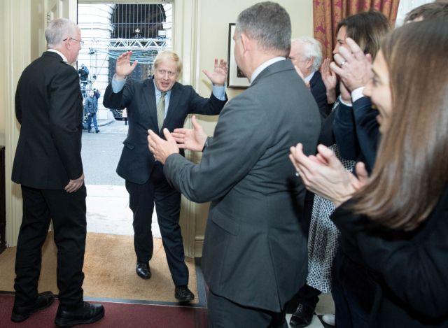 Εκλογές στη Βρετανία : Η επόμενη μέρα για Μπόρις Τζόνσον, Εργατικούς   in.gr