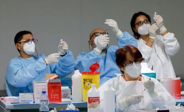 Συναγερμός για τη Μετάλλαξη Δέλτα: Μεταδίδεται σε 5 δευτερόλεπτα μεταξύ ανεμβολίαστων
