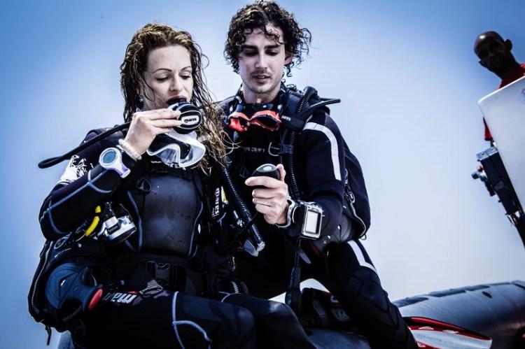 Theorie- en zwembadles in het Westland. Buitenwater lessen van duikschool in2dive op diverse locaties in Nederland
