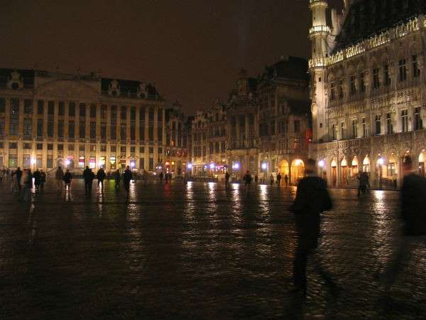 Grand Place Brussels visit brussels